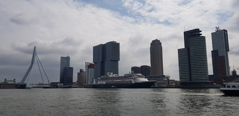 NS-wandeling Rotterdam Maasstad