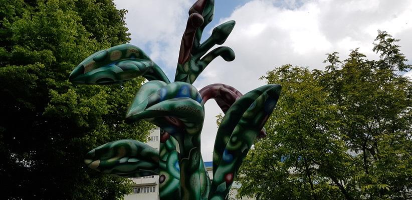 NS-wandeling Rotterdam Maasstad bij kunstwerk