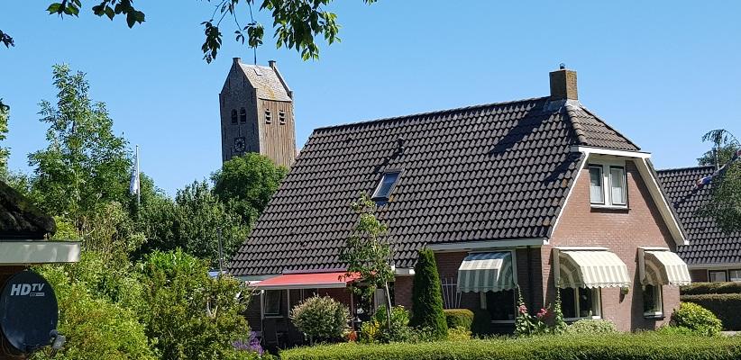 Wandeling van Ferwerd naar Dokkum over het Elfstedenpad in Lichtaard