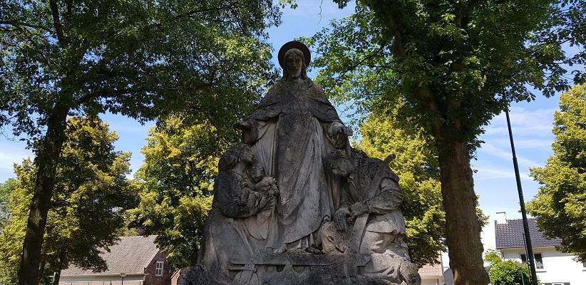 IVN-wandeling Ommetje Laverdonk Dinther bij Mariabeeld