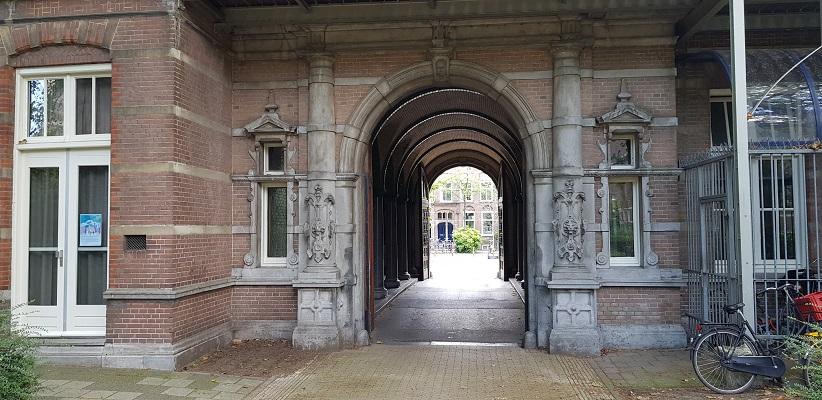 Wandeling door de binnenstad van Amsterdam in Oud-West bij het Wilhelmina Gasthuis
