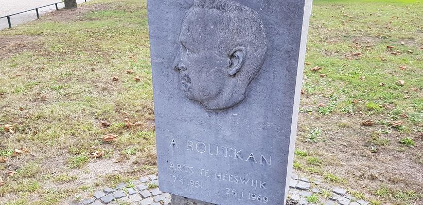 IVN-wandeling Liekendonk in Heeswijk-Dinther bij beeld van arts Boutkan