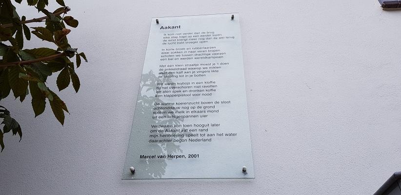 IVN-wandeling Liekendonk in Heeswijk-Dinther bij gedicht over de Aa