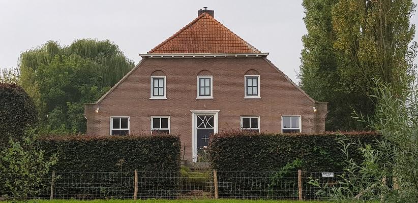 Wandelen buiten de binnenstad van Arnhem van Gegarandeerd Onregelmatig over het Vinexpad bij de Laar