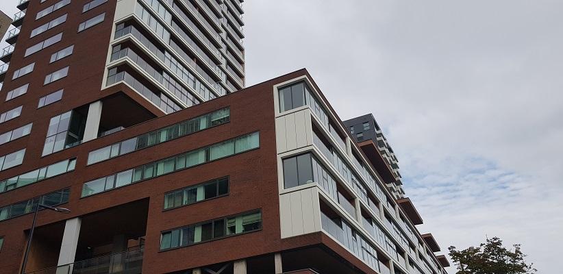Hoogbouw tijdens wandeling Creative Crosswalks Rotterdam