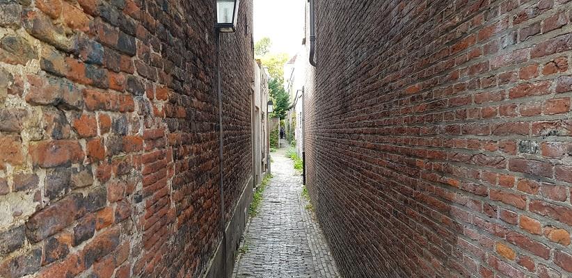 Wandeling door historisch Utrecht van de gids Utrecht acht keer anders van gegarandeerd onregelmatig