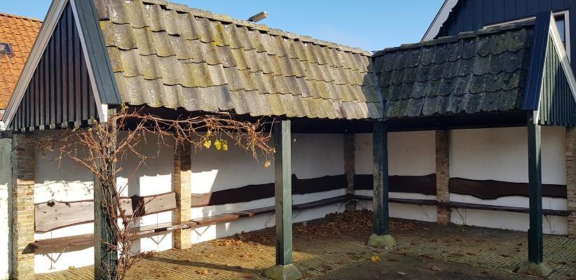 Wandeling over het Elfstedenpad van Witmarsum naar Allingawier bij de Leugenbank in Exmorra