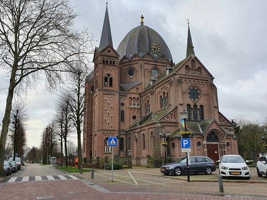 Wandeling bij Lierop over onderduikersroute bij de kerk