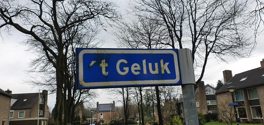 Literaire wandeling langs markante punten van A. van der Heijden in Geldrop