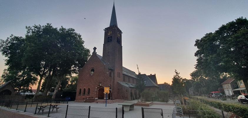Wandeling over Andreas Schotel wandelroute in Esbeek bij de kerk