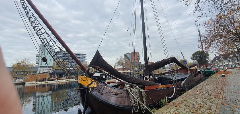 Stadswandeling Tilburg bij de Piushaven