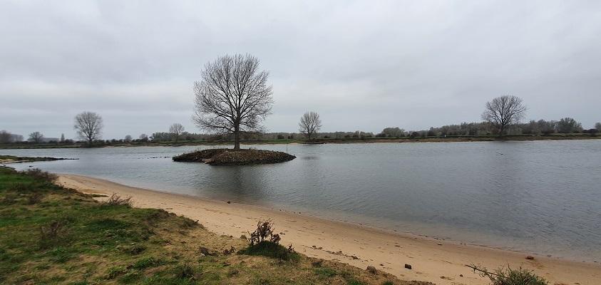 Thijssewandeling Lith-Maren-Kessel bij de Maas