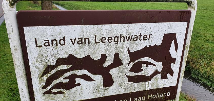 Wandeling over Westfriese Omringdijk van Ursem naar Alkmaar bij de Schermer
