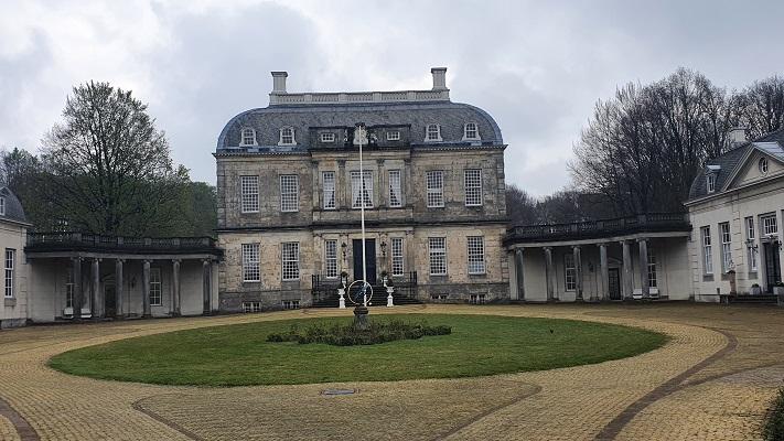 Vijf kastelenwandeling Eefde bij Huis de Voorst