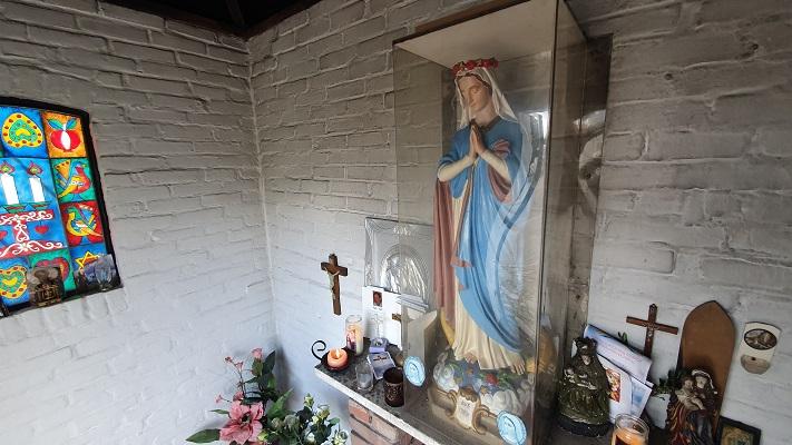 Wandeling over Kloosterpad van Beers naar Oeffelt bij het Mariakapelletje in Cuijk