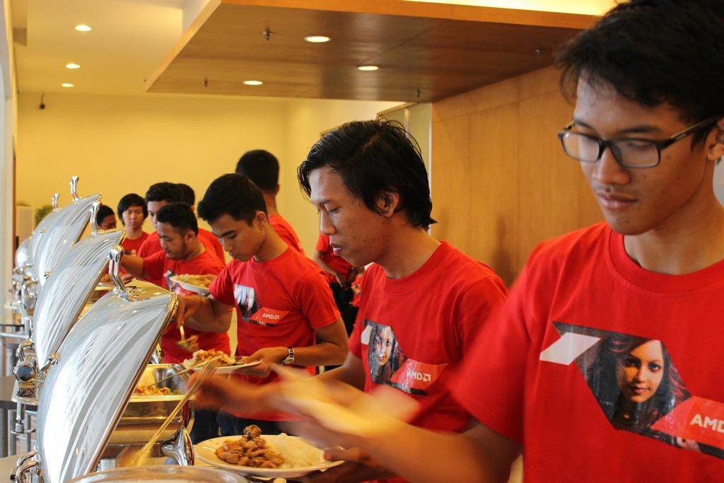 Suasana-AMD-Red-Team-Gathering-2015