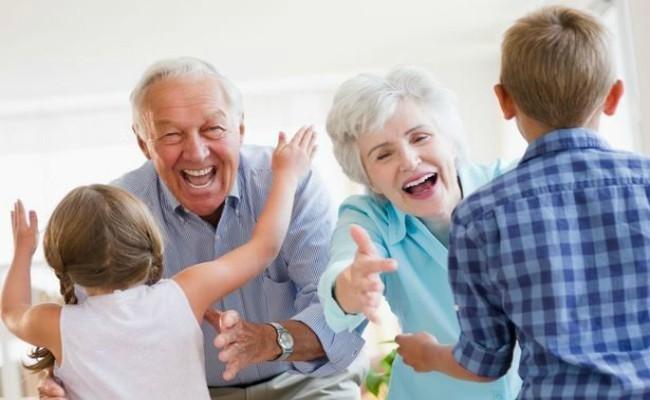 Οι γιαγιάδες κι οι παππούδες ζουν στην καρδιά μας! - ΑμεΑ Care