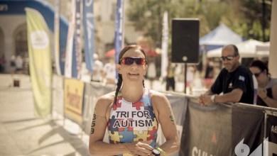 Photo of Μία μαμά κολυμπάει, ποδηλατεί και τρέχει για τον Αυτισμό!