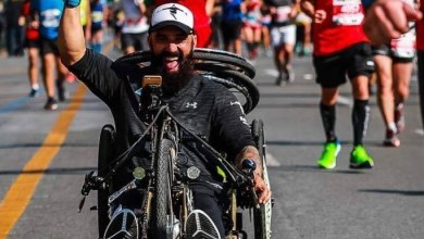Photo of Μάκης Καλαράς: Έτρεξε, «Χαρακτηριστικά Παράνομος» στον Μαραθώνιο της Αθήνας