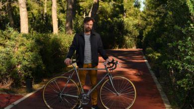 Photo of Κωστής Μαραβέγιας: Ένα ποδήλατο «μου έμαθε» την πολλαπλή σκλήρυνση