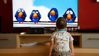 Photo of Πόση τηλεόραση να βλέπουν τα παιδιά την ημέρα και πώς αυτό σχετίζεται με τον αυτισμό;