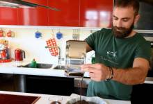 Photo of Γιώργος Ευγενειάδης: Ένας δάσκαλος μαγειρικής για παιδιά με αναπηρίες