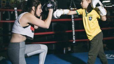 Photo of Δασκάλα του μποξ μαθαίνει σε παιδιά με αυτισμό πώς να αποκτήσουν δύναμη και αυτοπεποίθηση