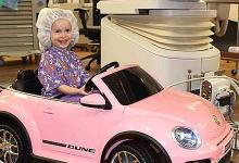Photo of Νοσοκομείο ενθαρρύνει τα παιδιά να «οδηγήσουν» μέχρι το χειρουργείο, για να μειώσει το άγχος τους
