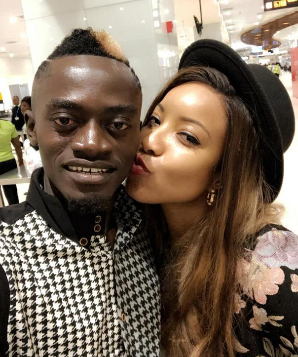 Joselyn Dumas Kisses Lil Win (2)