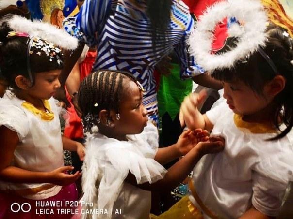 Davido And Sophia Momodu Attend Daughter Imade Adeleke School Christmas Concert (2)