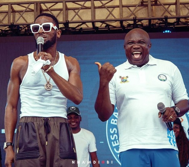 D'Banj And Governor Akinwunmi Ambode At Lagos City Marathon