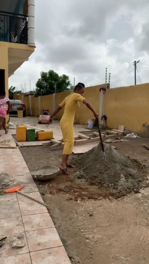 Akuapem Poloo Mixing Cement Side Hustle (2)