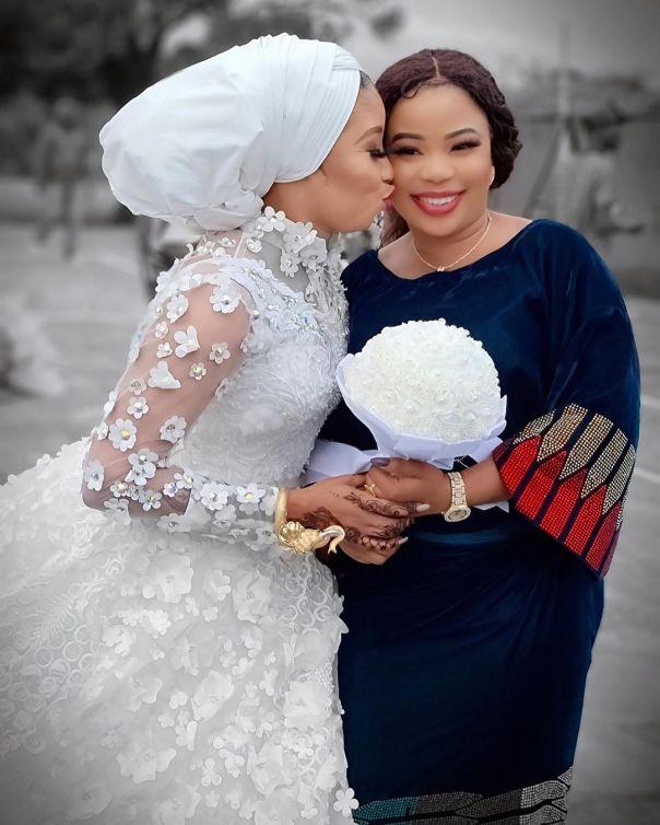 Lizzy Anjorin Traditional Wedding Ceremony Seyi Edun (5)