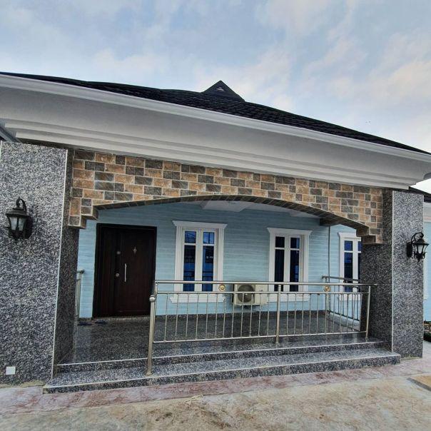 Bimbo Afolayan Buys Parents A Mansion As Sallah Gift (4)