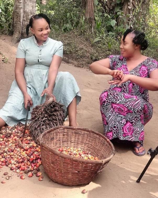 Ibiwari Etuk Selling Palm Fruit MUTANDA Nollywood Movie