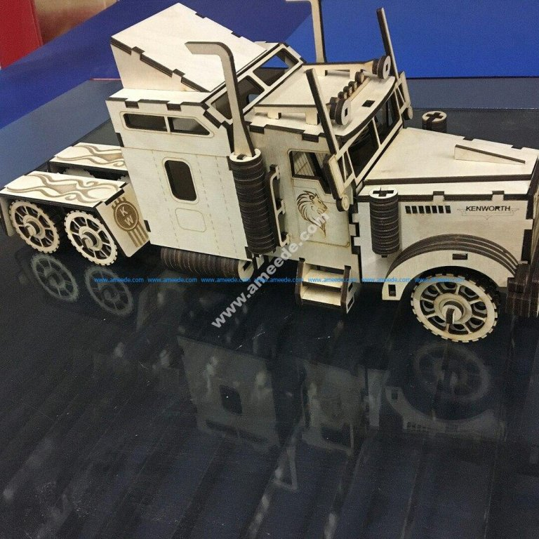 Truck Kenworth W900S 3D Puzzle Model