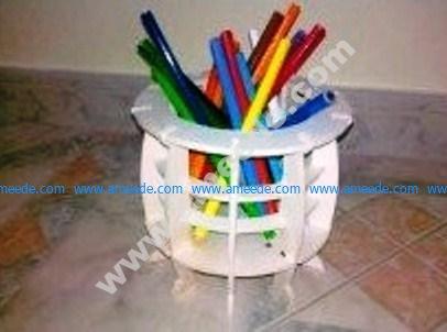 pen box cut with acrylich plastic sheet