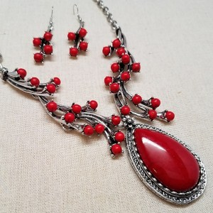 Fashion REd Necklace