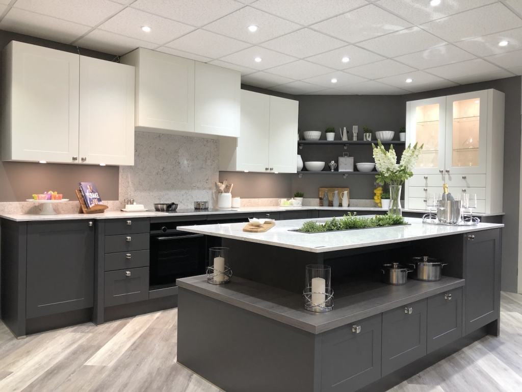 Retail: Modern Homes Kitchens