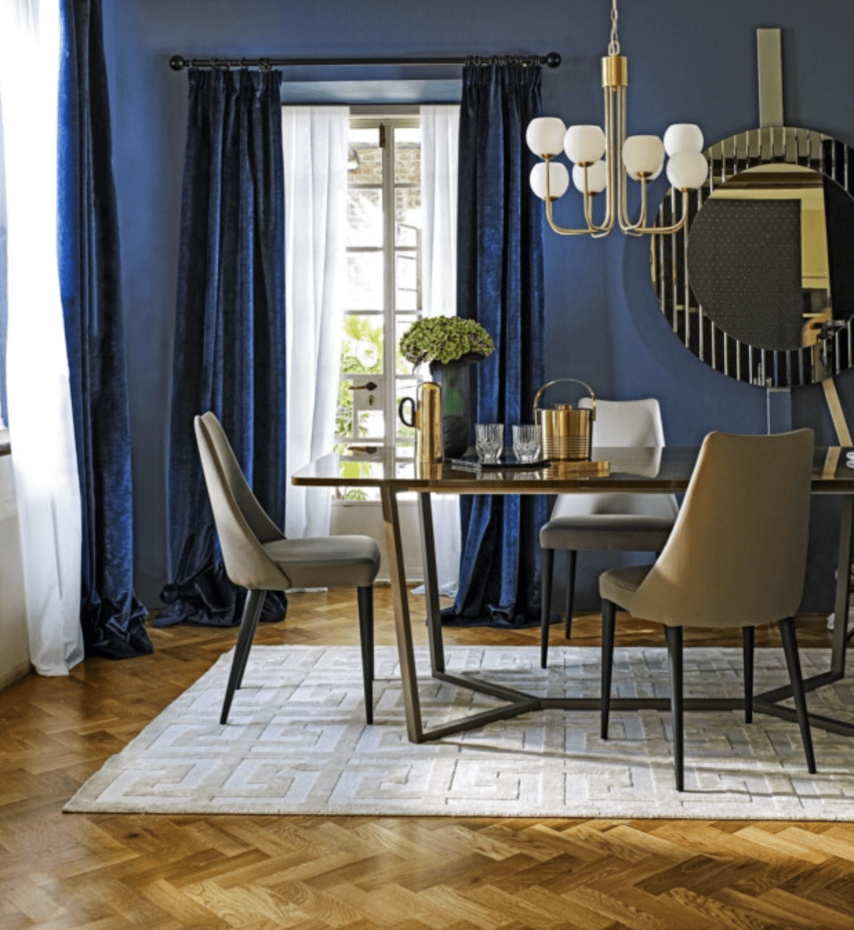 Opulent interiors - gold metallic finishes in a luxurious dining room