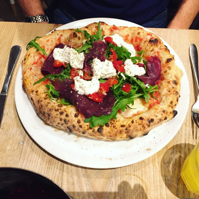 Grab A Pizza The Action At Rossopomodoro Amellia Mae