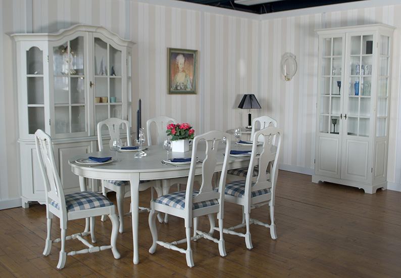 Välkommen till Åmells Möbler. Vi tillverkar stilmöbler.