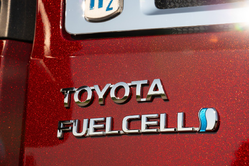 Toyota Fuelcell- Hydrogen FuelCell Electric Vehicle