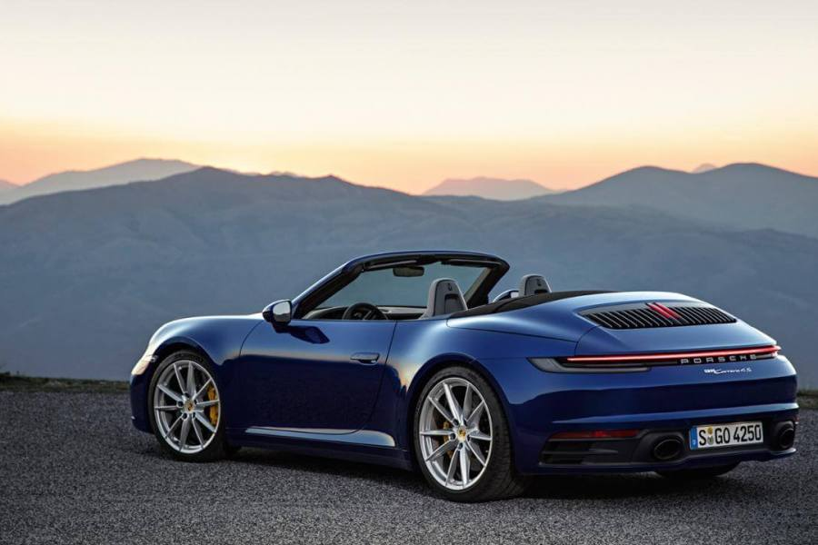 2020 porsche 911 carrera 4s in uae