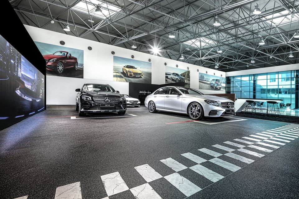 Spotlight: World's Largest Mercedes-Benz Facility by