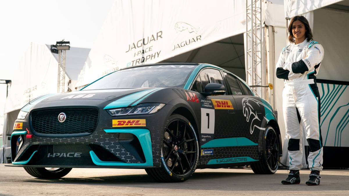 First Saudi Woman Driver To Race At Motorsport Event