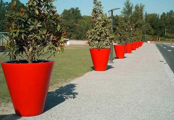 Pot de fleurs XXL rouge