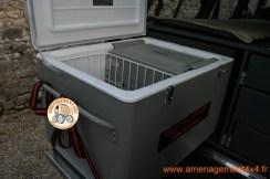 Intégration d'un frigo Engel 60 litres combi 32 litres en frigo et 25 litres en conservateur sur coulisse