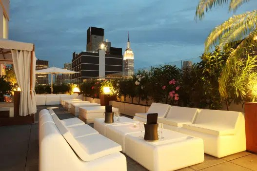 New York Rooftop Lounge Renaissance