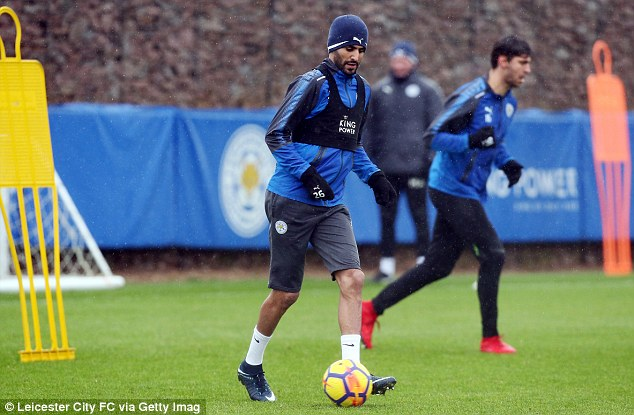 Riyad Mahrez drops transfer request for a move to Manchester City [www.AmenRadio.net]
